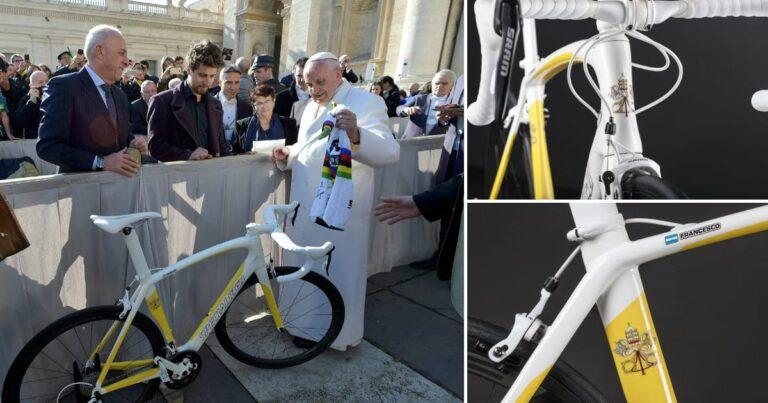 Godvrezende wielrenners opgelet: de paus verkoopt zijn door Sagan geschonken Specialized
