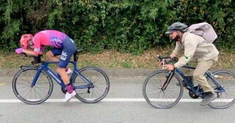 """Boer nestelt zich met 46 per uur in het wiel van Rigoberto Urán: """"Echte tegenstand"""""""