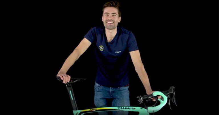 Tom Dumoulin laat – op geheel eigen wijze – zijn nieuwe Bianchi zien, mét Dura Ace Di2